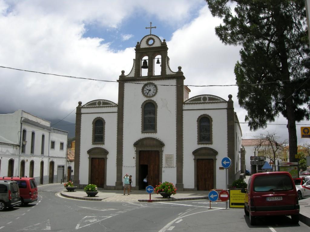 Iglesia_de_san_bartolomé_de_tirajana_03