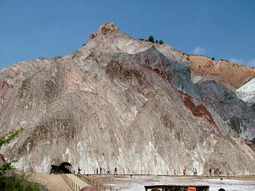 16 04 cardona montaña de sal