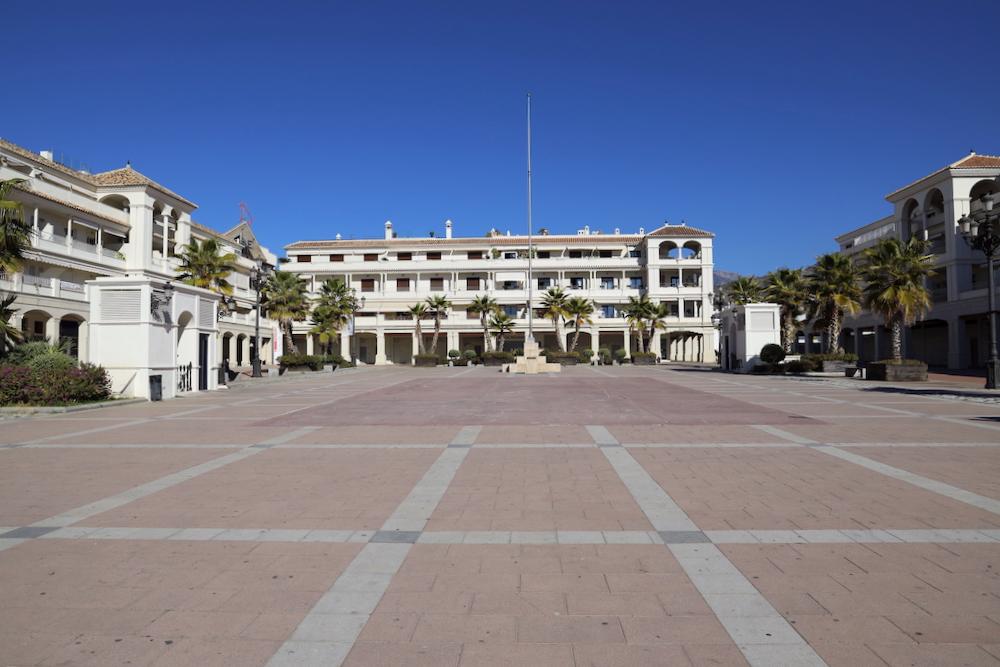 Plaza del Salvador Nerja - Málaga