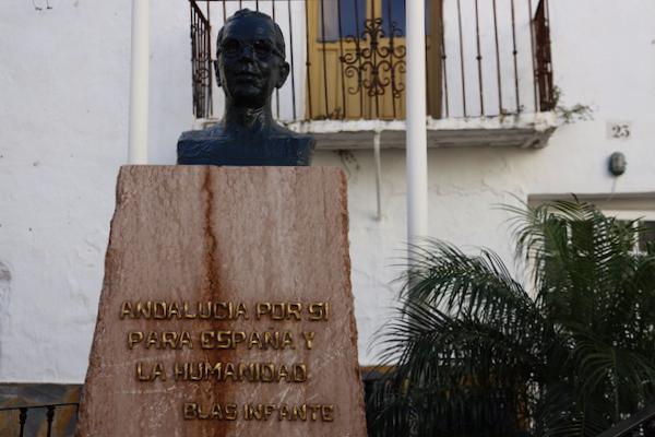 Monumento Blas Infante Casares - Málaga