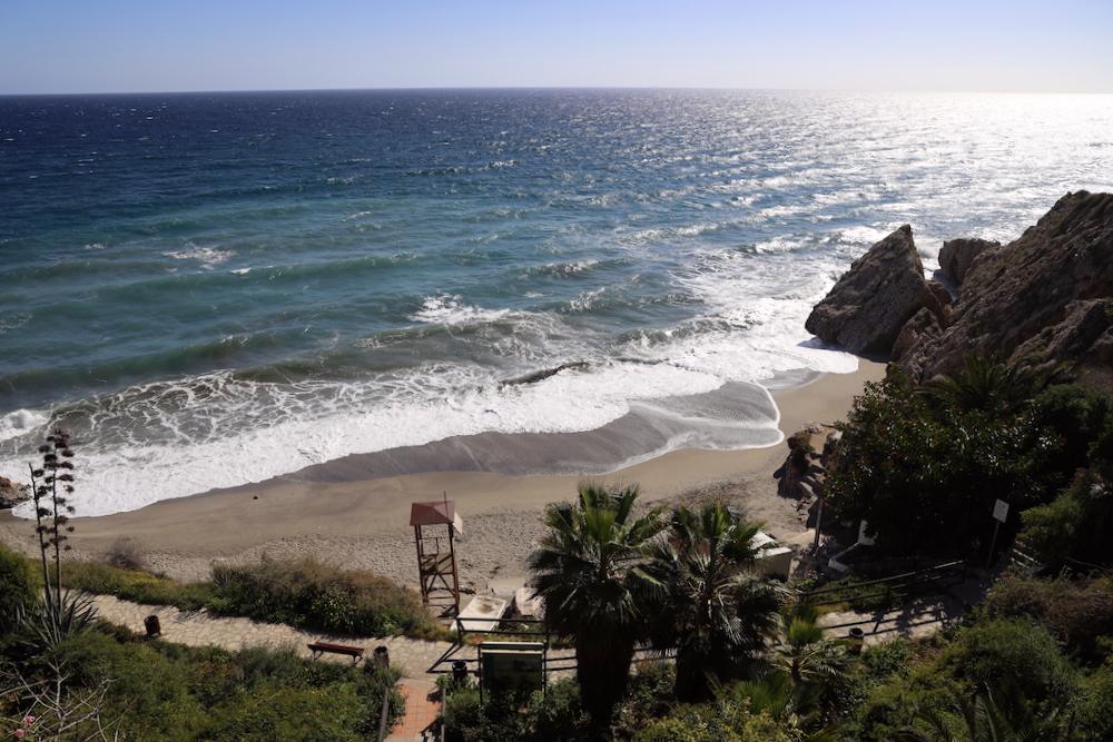 Playa Carabeo Nerja - Málaga