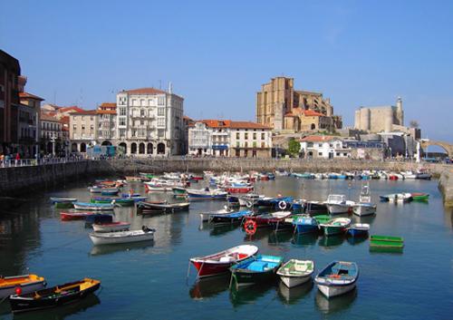 Castro Urdiales-Cantabria-vista puerto