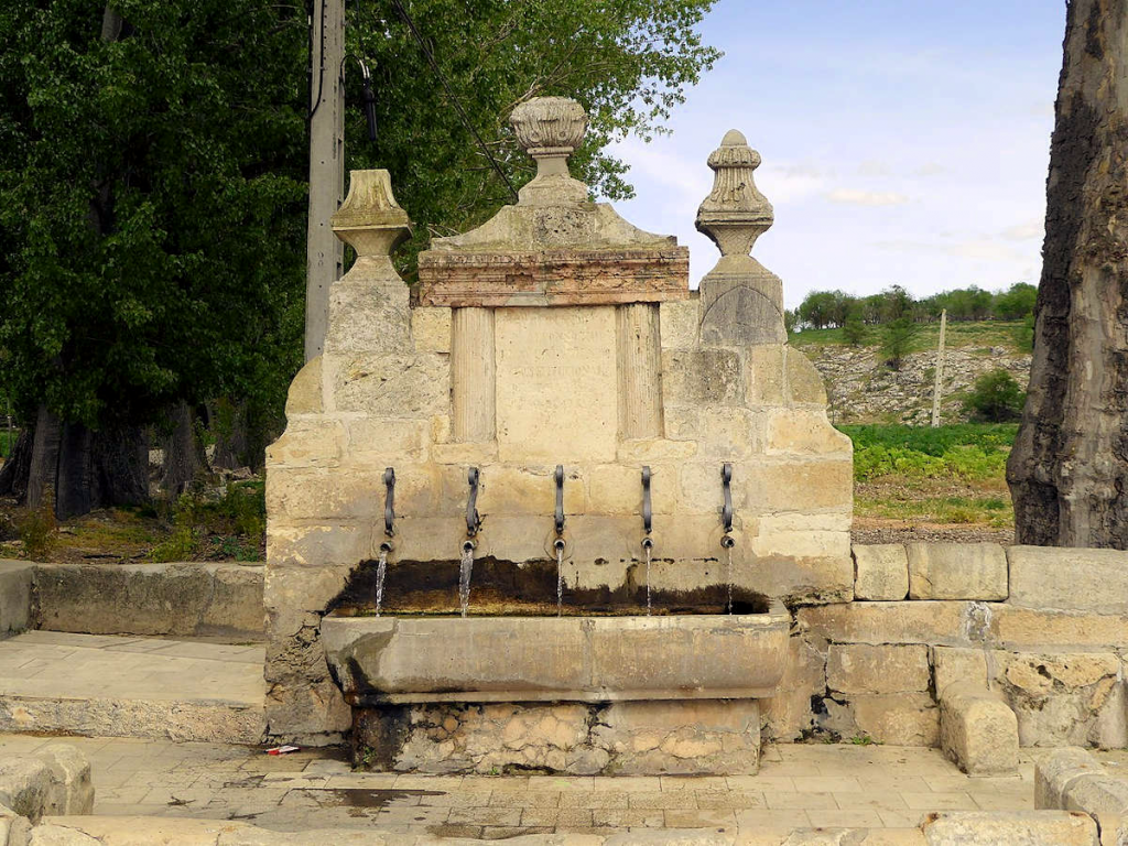 Fuente-de-los-cinco-canos-en-Ucles