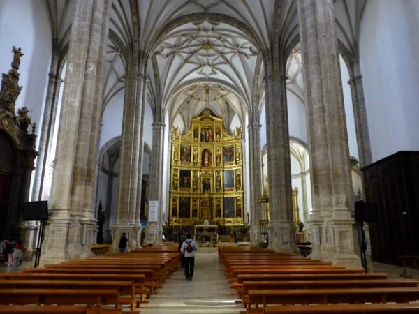 Interior-Catedral-Mancha