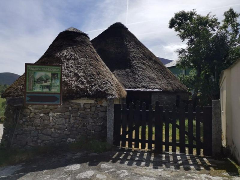 Museo Pallozas Piornedo - Lugo