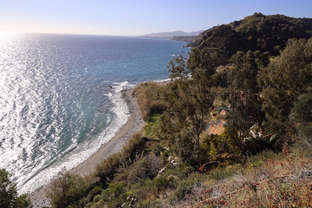 Playa Molino de Papel Nerja - Málaga