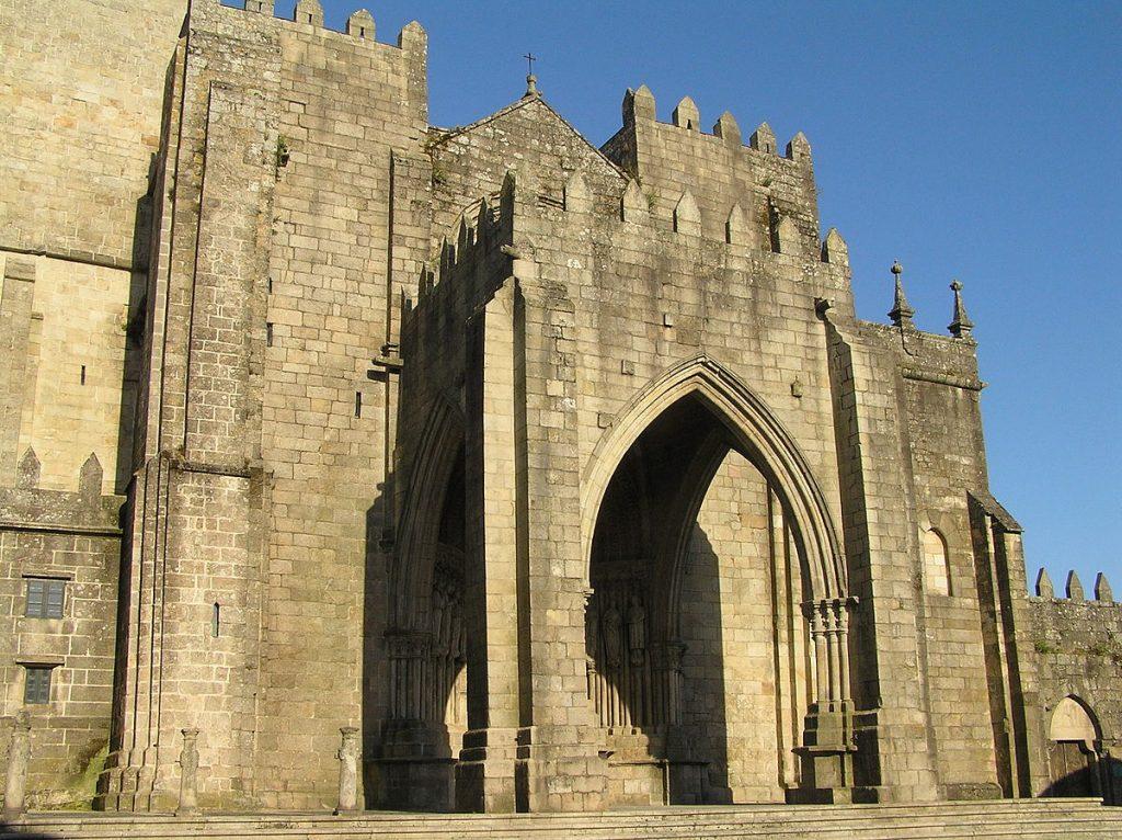Tui_catedral