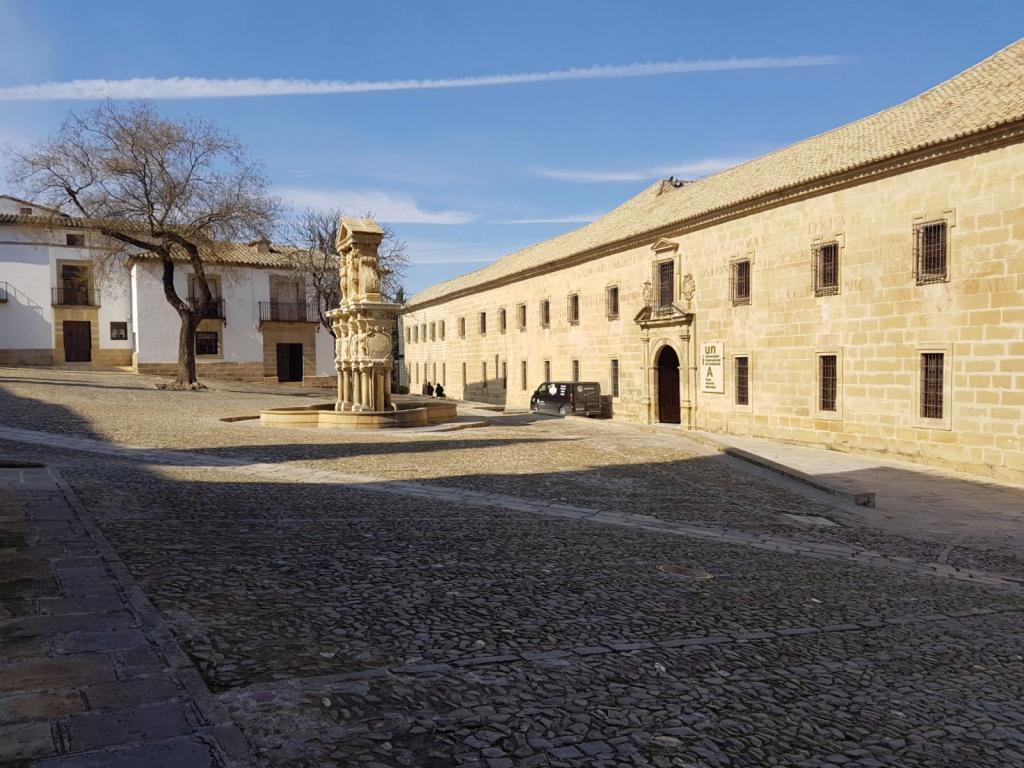 Plaza de Santa María Baeza - Jaén