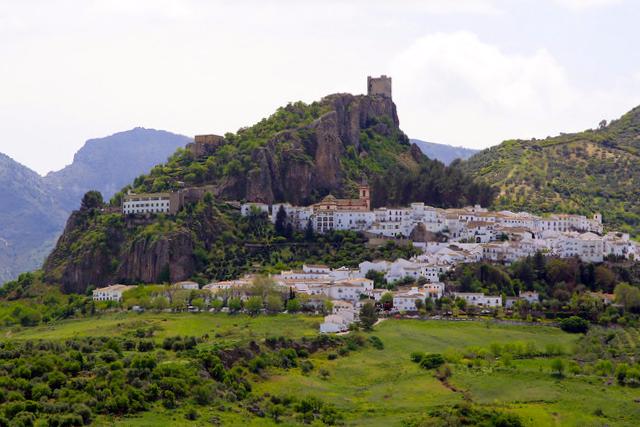 Zahara de la Sierra - Cádiz