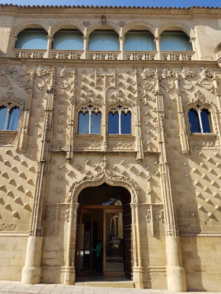Palacio Jabalquinto Baeza - Jaén