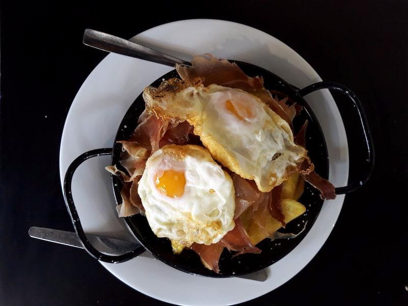 huevos-con-jamon