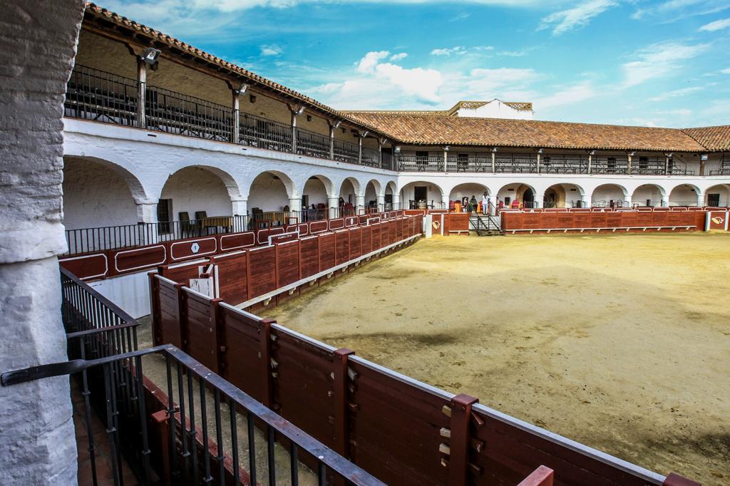 plaza toros almaden